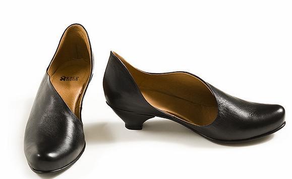Jak odświeżyć buty od wewnątrz