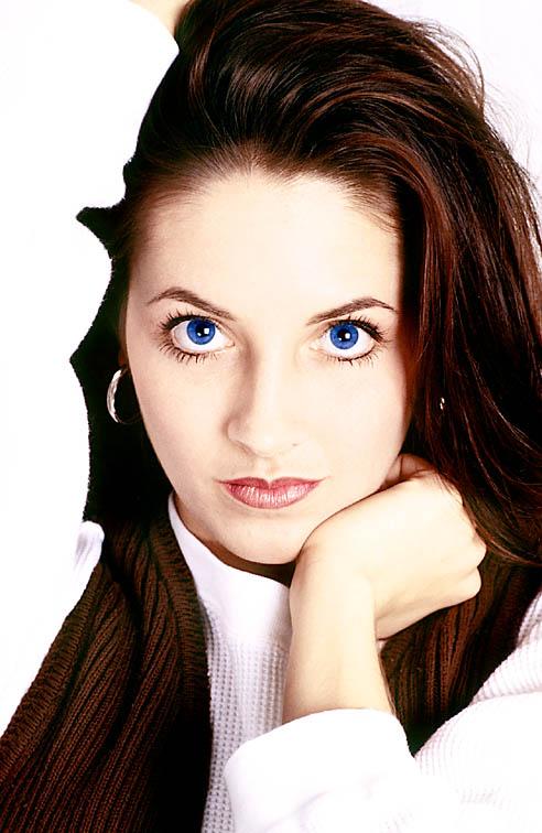 Jak podkreślić niebieskie oczy