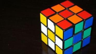 Jak się układa Kostkę Rubika