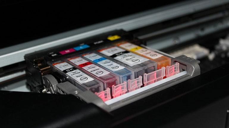 plamy-z-tuszu-w-drukarce