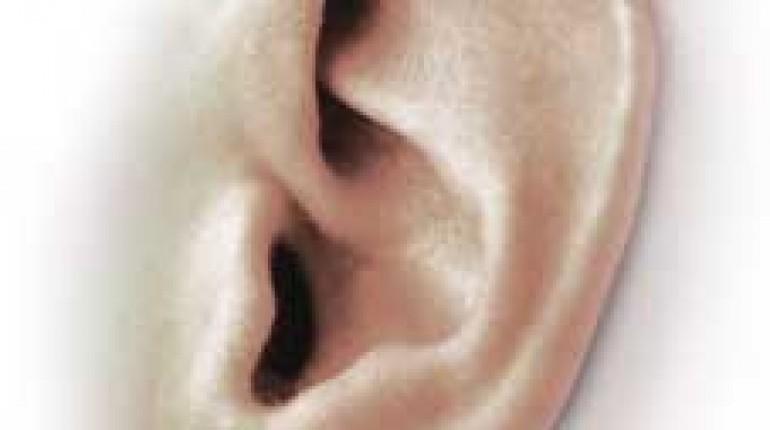 Jak usunąć woskowinę z ucha