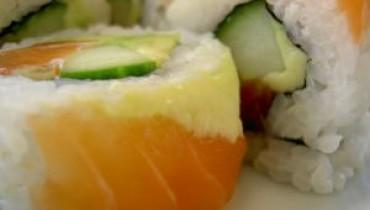 Jak zrobić sushi maki z ogórkiem