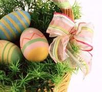Jak pofarbować jajka na Wielkanoc?