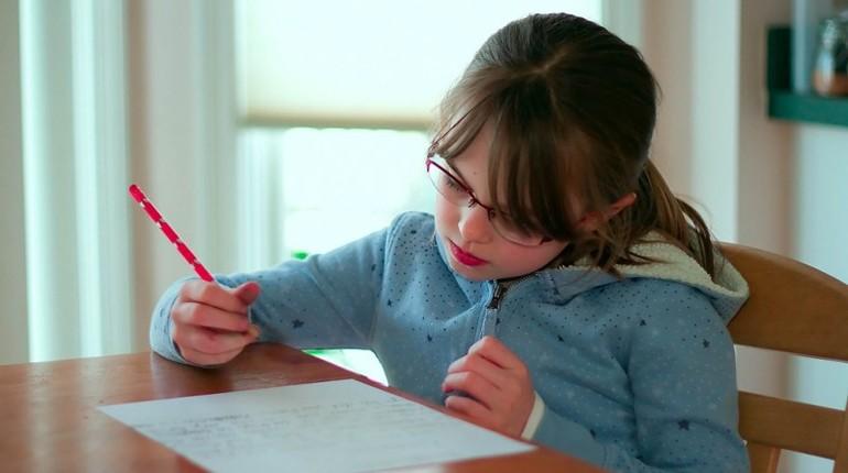 jak nauczyć dziecko pisać opowiadania