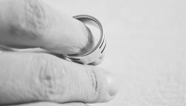 jak-przebiega-rozwod