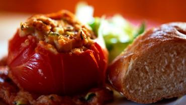 jak-przygotowac-pomidory-faszerowane-miesem