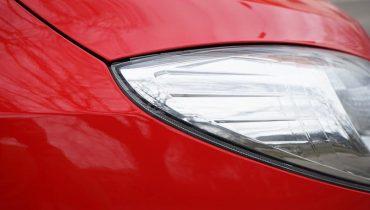 samochod-swiatlo