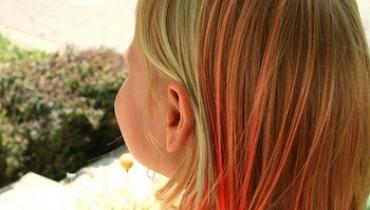 jak zafarbować włosy bibułą