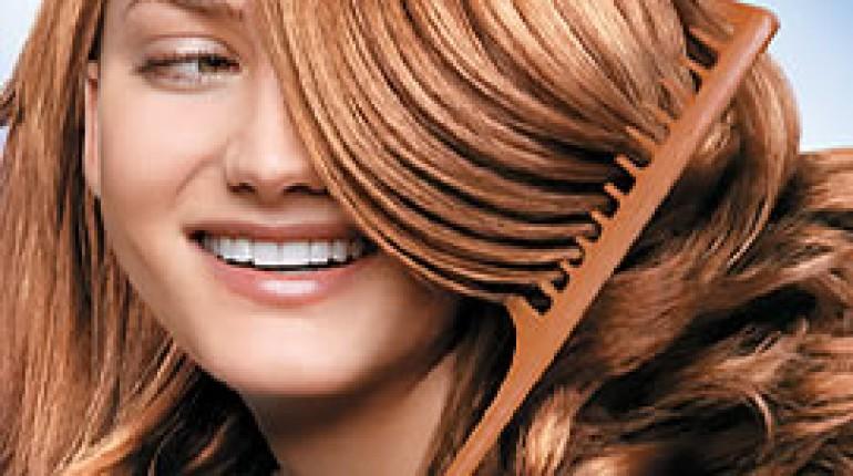 Jak podkręcać włosy za pomocą szczotki
